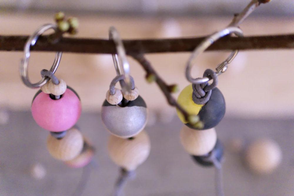 Panama Quadrat: DIY Schlüsselanhänger aus Holzperlen in drei verschiedenen Varianten.