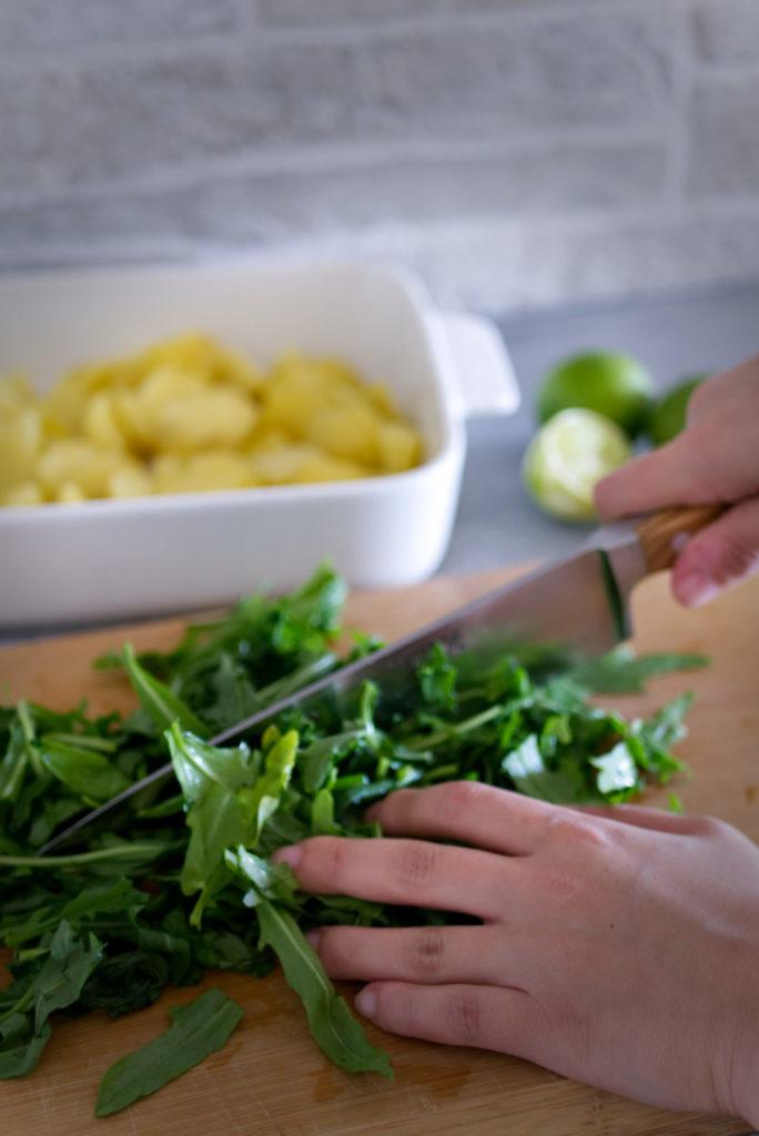 Panama Quadrat: Rustikaler Kartoffelsalat – Rucola grob hacken.