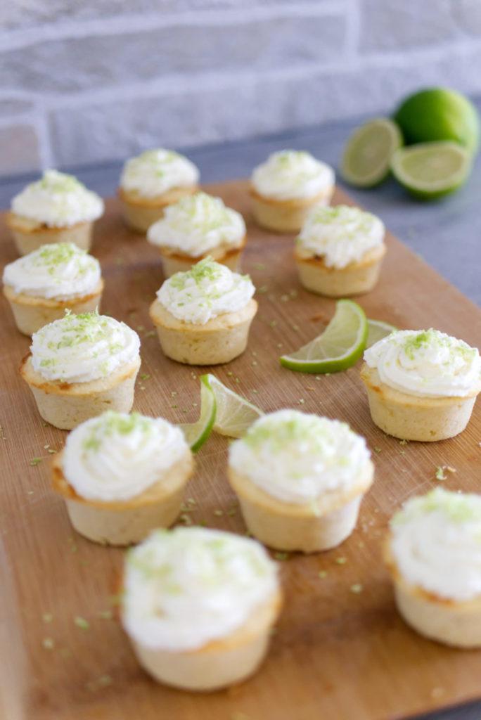 Panama Quadrat: Sommerlich leichte Cupcakes mit Limette und weißer Schokolade.