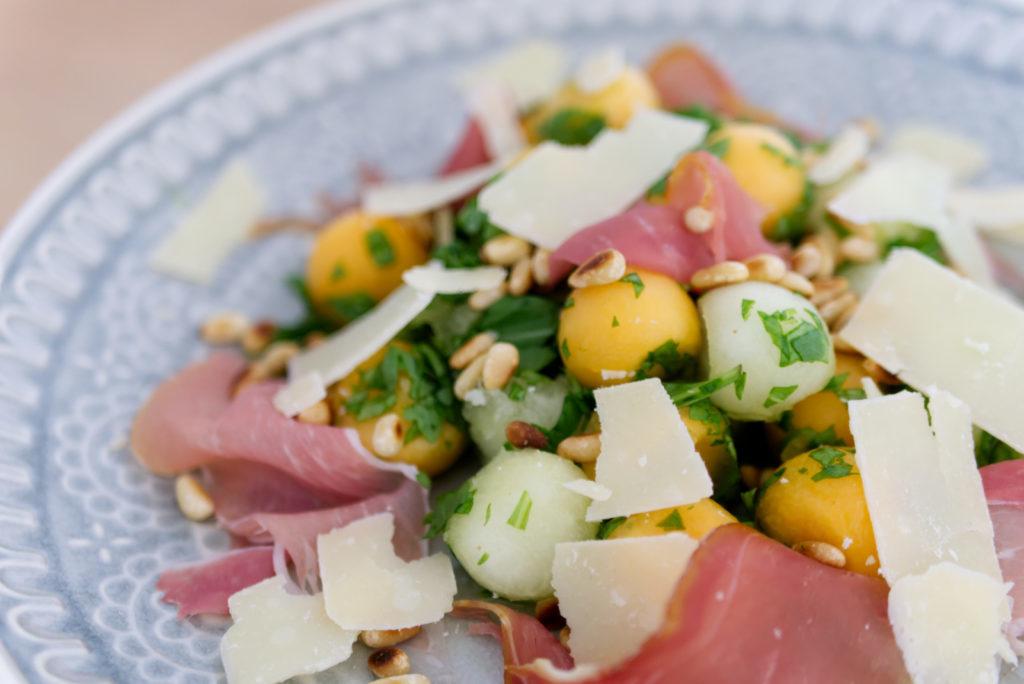 Panama Quadrat: Keine Lust auf Melone mit Schinken? Dann probier diesen leckeren Melonen-Salat!