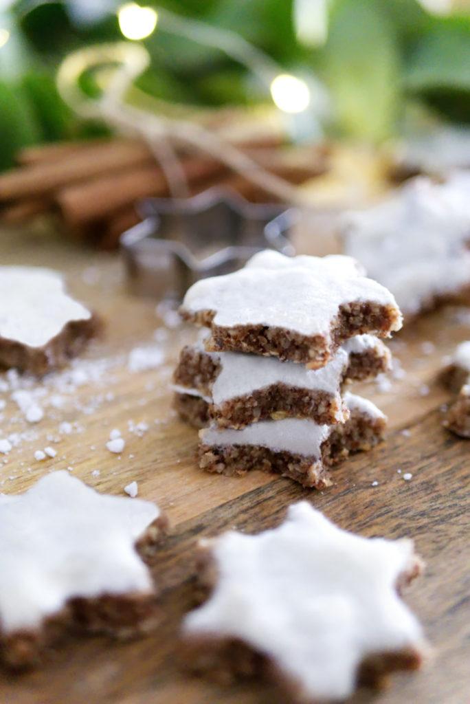 Glutenfreie Weihnachtsbäckerei: Nussige Zimtsterne – ganz ohne Mehl aber dafür extrem lecker und saftig | Panama Quadrat