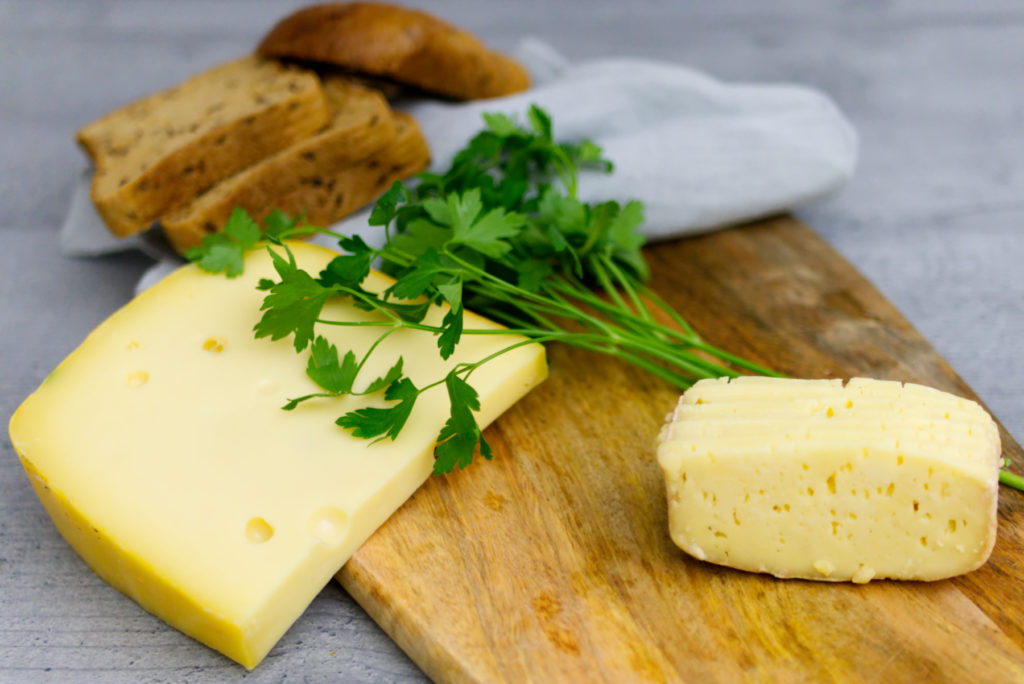 Glutenfreie Kaspressknödel | Das ist doch alles Käse | Zutaten | Panama Quadrat