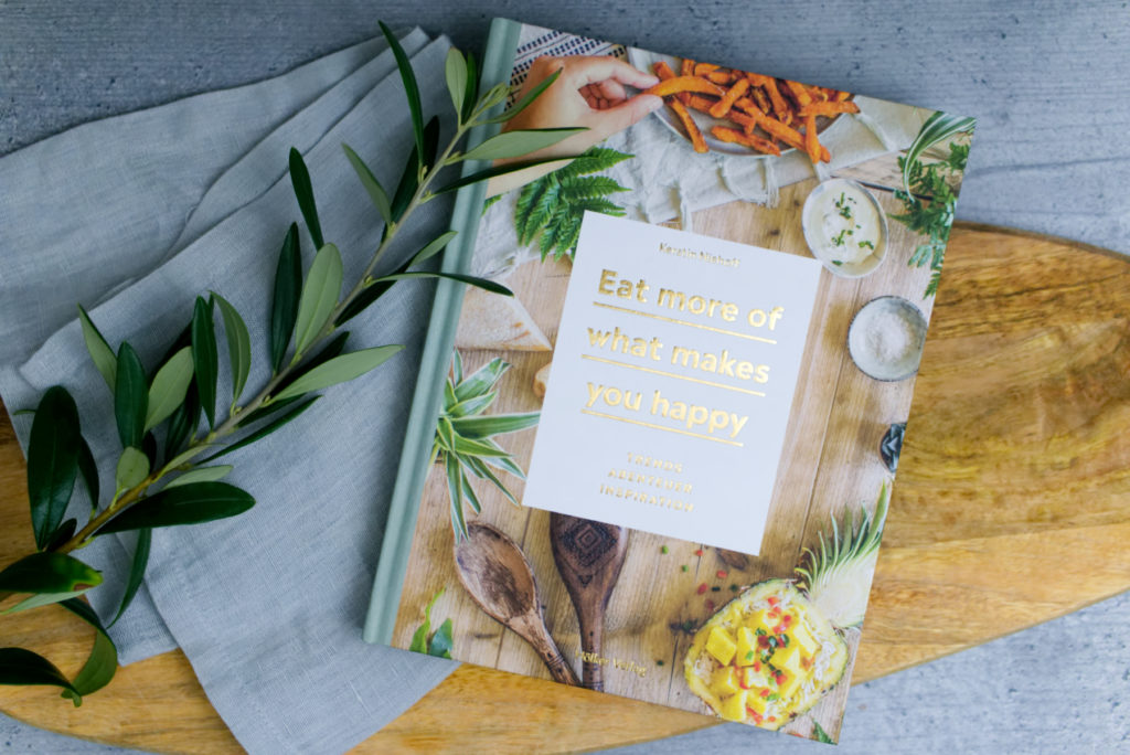 Kochbuch: Eat more of what makes you happy | Rezension | Buchtitel | Panama Quadrat