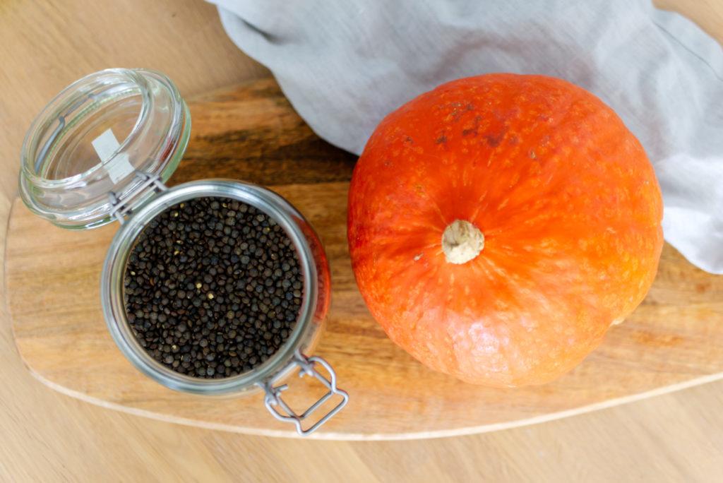 Linsen und Kürbis sind die perfekte Kombination für den Herbst - besonders als köstlicher Salat | Panama Quadrat