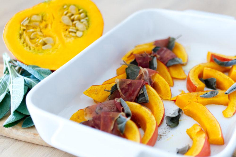 Kürbis Saltimbocca: Ein Gruß aus dem Ofen   Das perfekte Rezept für Vorspeise und Beilage   Panama Quadrat