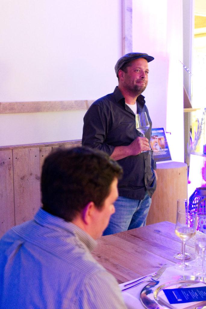 Hothums Weinreise: Christoph Hothum erzählt vom Bio-Weinanbau und seine Weinen | Panama Quadrat